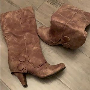 Brown soft /suede feel leather boots
